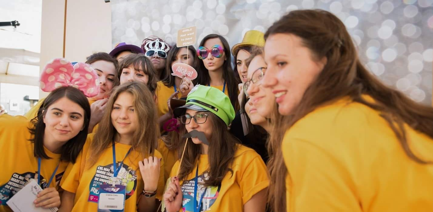 Ready For Dreamteam Cinci Motive Pentru Care Să Fii Voluntar